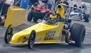 JEGS_TroyJr_dragster