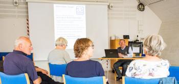 Leif Ingersholm fortæller om det kommende valg til Ældrerådet. Foto: Hans Jacob Sørensen.