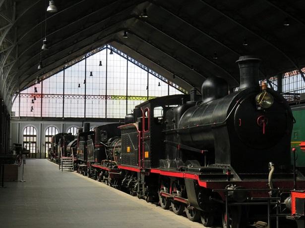 Museo del Ferrocarril Madrid con niños, dragones y unicornios