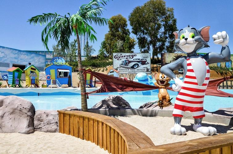 Abre sus puertas Parque Warner Beach. Madrid con niños, dragones y unicornios.