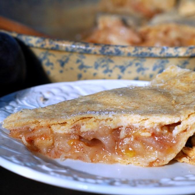 apple plum pie with pie plate 3