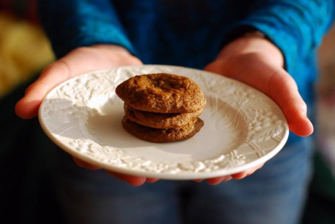 maple molasses cookies in hands
