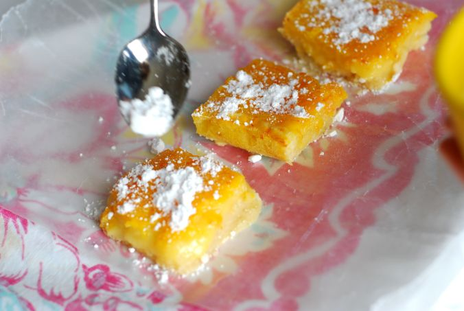 citrus bars with spoon