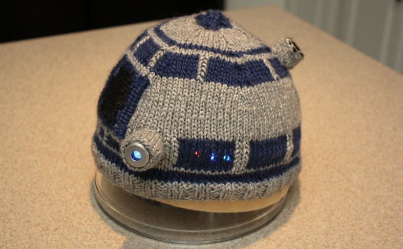 R2D2 Knitted Hat