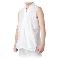 A sleeveless Han-Juban (半襦袢)
