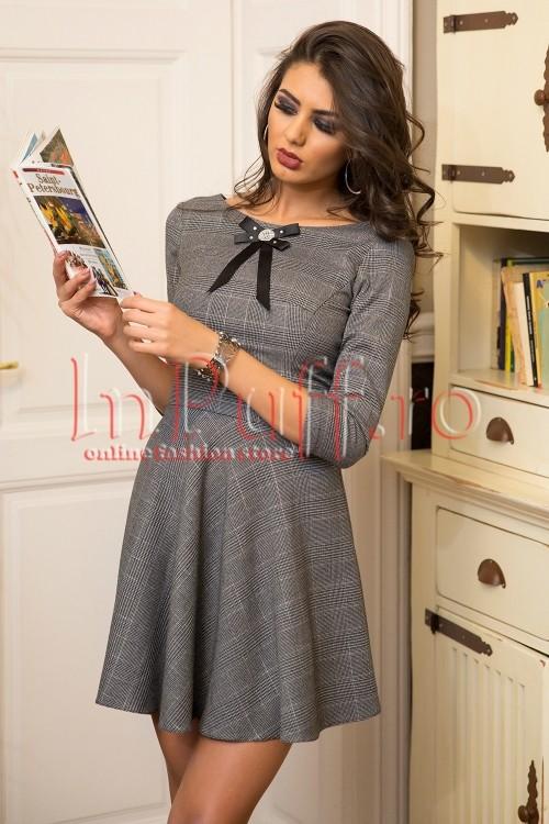 rochie-eleganta-cu-imprimeu-in-carouri-1507884150-4