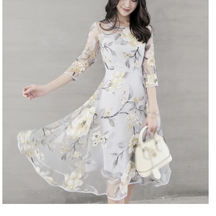 rochie de primavara cu imprimeu floral