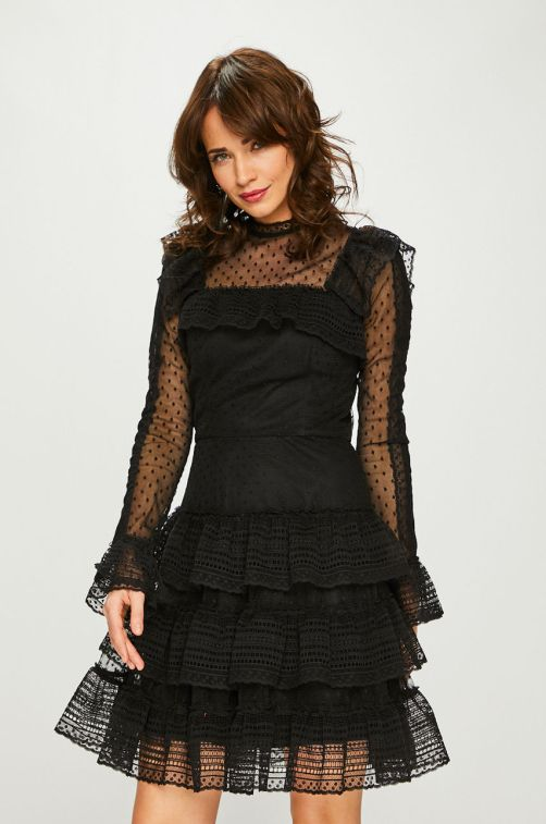 rochie scurta din tulle