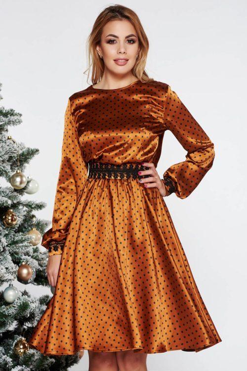 rochie din material satinat