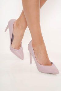 Pantofi eleganti cu toc ascutit