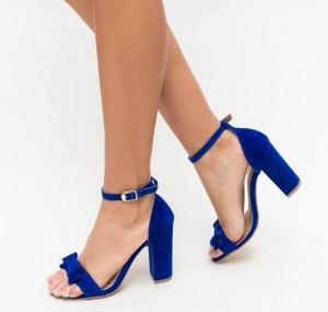Sandale albastre cu toc