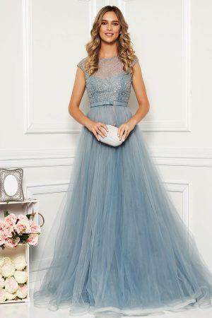 Rochie de seara lunga eleganta in clos din tulle cu margele
