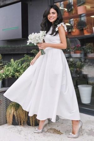 Rochie de zi alba eleganta cu fusta in clos