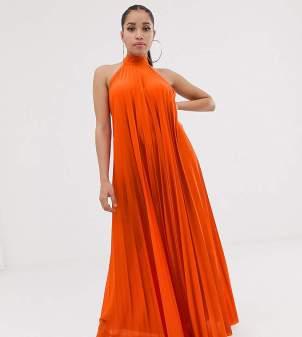 Rochie lunga eleganta din material plisat