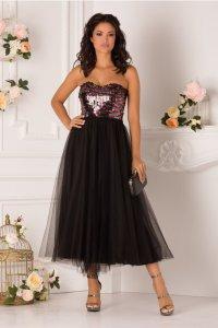 Rochie de seara eleganta in clos cu tulle si paiete la bust
