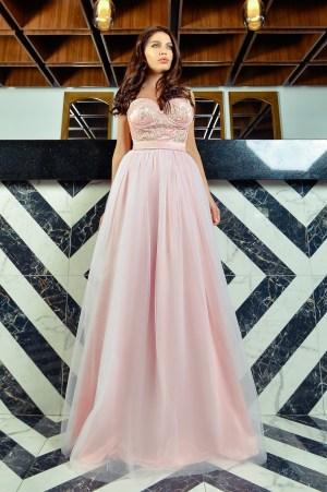 Rochie de seara lunga rose cu dantela la bust