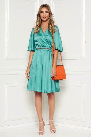 Rochie verde eleganta de zi midi din satin croi in clos