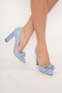 Pantofi albastru-deschis office din piele naturala cu toc gros