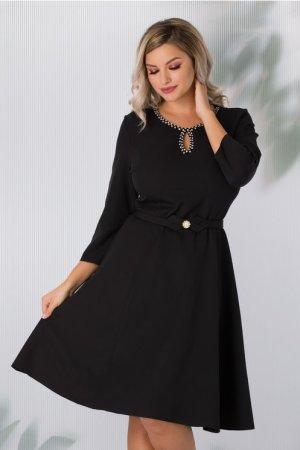 Rochie eleganta neagra cu maneci trei sferturi si decolteu accesorizat