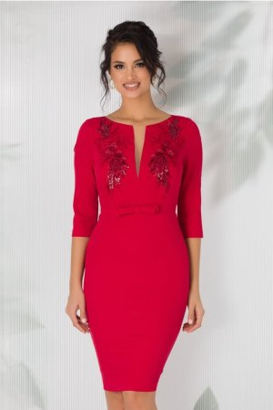 Rochie rosie cu broderie florala si paiete la bust