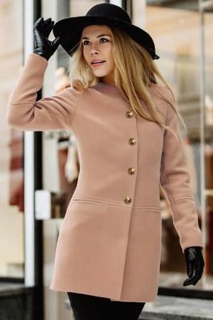 Palton dama bej scurt cambrat din stofa