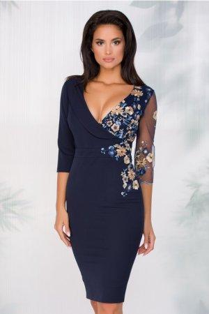 Rochi eleganta midi bleumarin cu broderie florala si decolteu petrecut