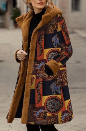 Palton dama lung cu gluga si imprimeu cu material plusat pe interior