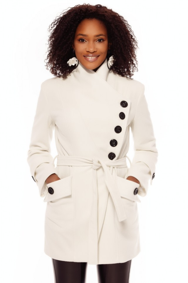 Palton stofa alb cu nasturi