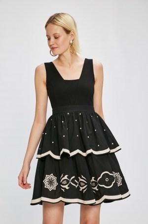 Rochie de seara scurta eleganta cu broderie decorativa