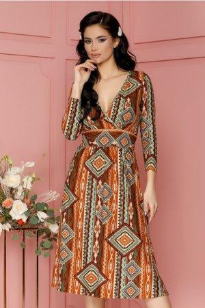 Rochie caramizie cu imprimeuri diverse