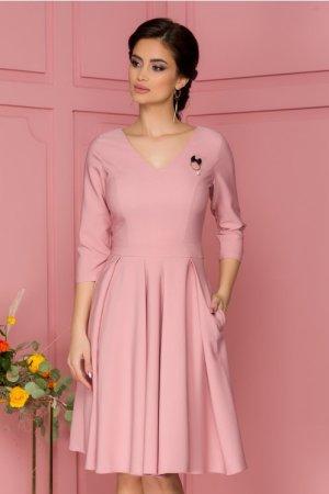 Rochie eleganta midi in clos roz cu pliuri maxi in talie si decolteu in V