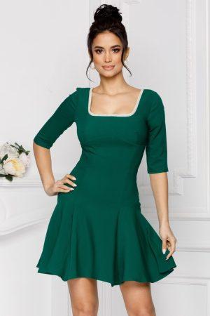 Rochie eleganta scurta verde cu maneci trei sferturi si decolteu patrat