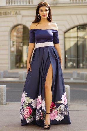Rochie albastru-inchis lunga de ocazie in clos cu imprimeu floral si umeri goi