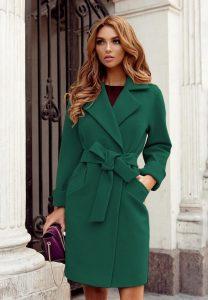 Palton dama verde scurt cambrat cu revere din stofa