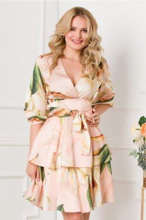 Rochie eleganta somon cu imprimeu floral si volanase la baza