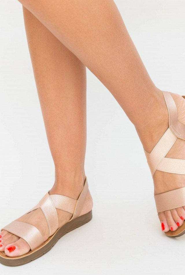 Sandale aurii cu talpa joasa din material textil elastic si piele eco