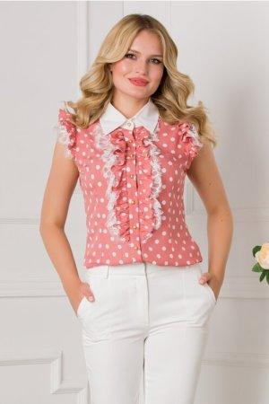 Bluza roz cu buline albe si volane la bust