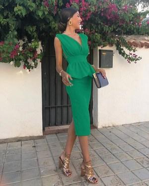 Rochie de seara eleganta si rochie de ocazie lunga verde cu fusta conica din barbie