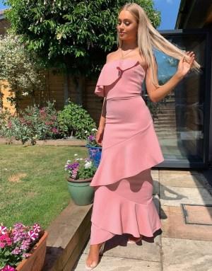 Rochie eleganta roz prafuit cu volane asimetrice
