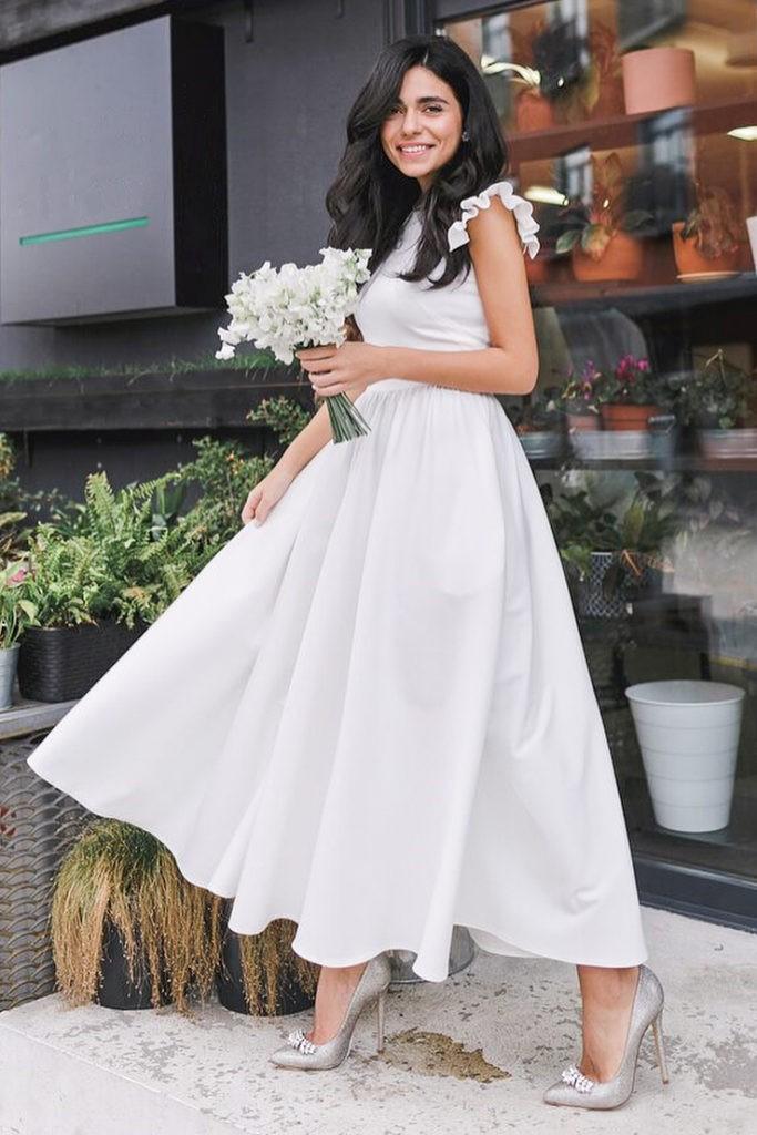 Rochie eleganta si rochie lunga de zi alba cu fusta clos si maneci scurte din barbie ChicDiva