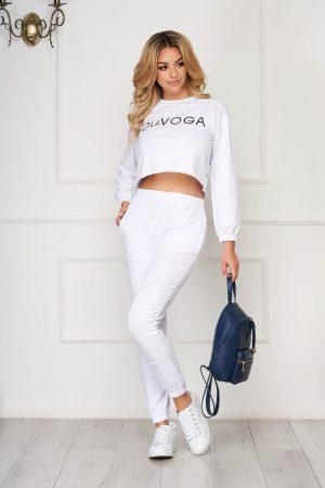 Trening dama alb din doua piese cu pantaloni si bluza cropped din bumbac