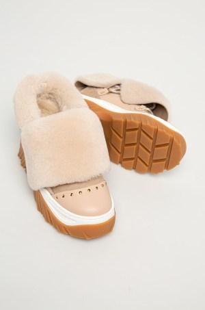 Inuikii - Bocanci de piele
