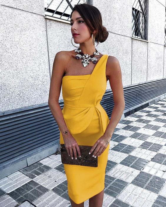 Rochie de seara eleganta si rochie de ocazie scurta