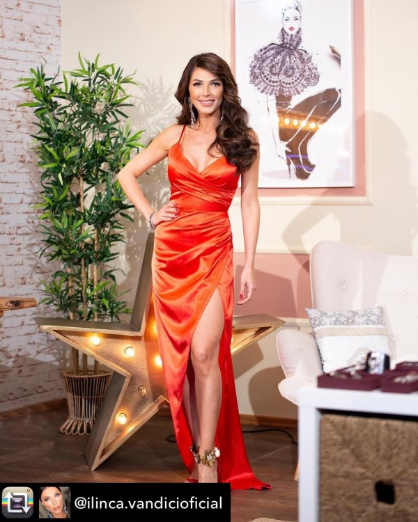 Rochie din satin BE THAT GIRL