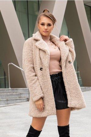 Palton dama cu aspect de lana lung bej