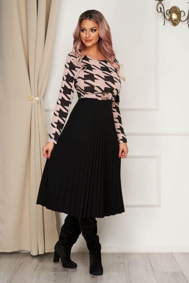 Rochie roz de zi midi plisata clos cu elastic in talie