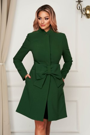 Palton Artista verde elegant in clos captusit pe interior accesorizat cu cordon cu fundita