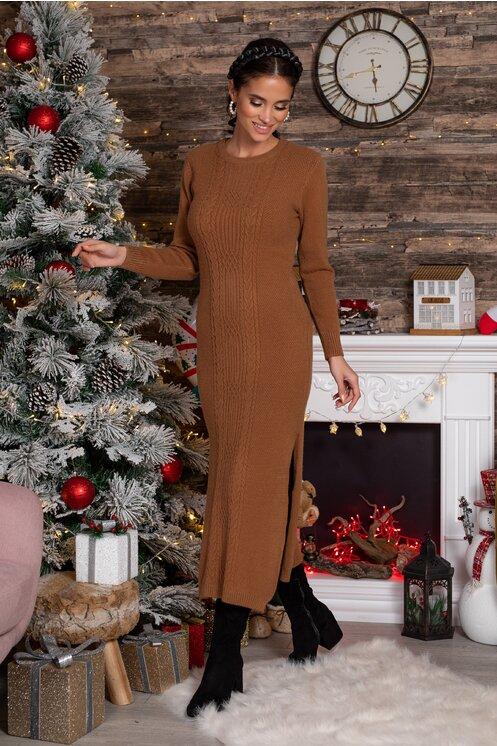 Rochie eleganta midi maro din tricot cu design impletit