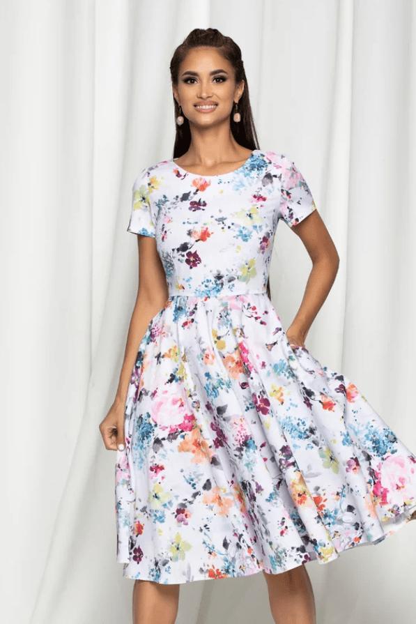 Rochie eleganta alba cu imprimeu floral si decolteu rotund