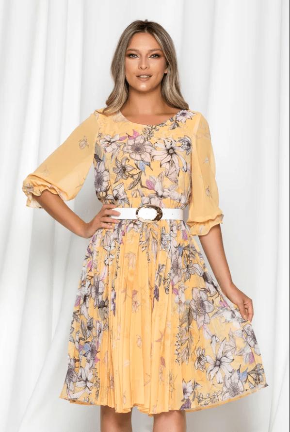 Rochie eleganta galbena cu imprimeu floral si pliuri pe fusta